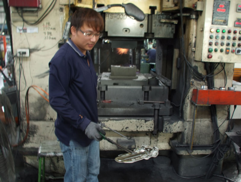 Photo: a freshly forged Ren� Herse crank. Taiwanese workers earn good wages and work under decent conditions.