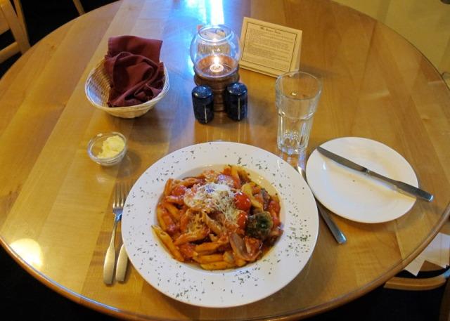15_dinner_longmire