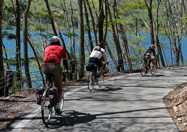 lakeside_cyclists