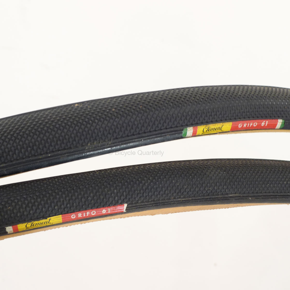 Classic Clement Grifo cross tire